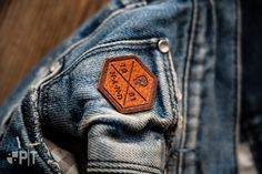 Hot printed fake-leather label made in Italy by Panama Trimmings #denim #details #vintage #labeling