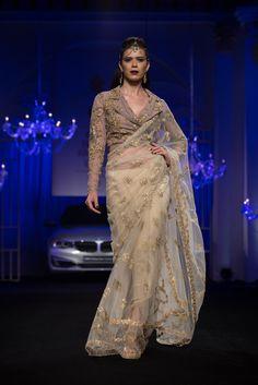 Falguni and Shane Peacock BMW India Bridal Fashion Week 2014 Bridal Sari, Indian Bridal Lehenga, Bridal Dresses, Indian Sarees, India Fashion, Ethnic Fashion, Indian Dresses, Indian Outfits, Indian Look
