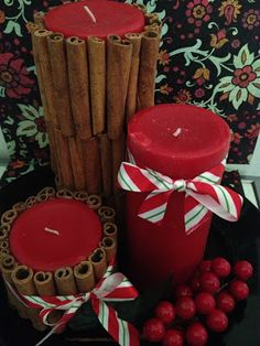 A new use for Cinnamon Sticks - DIY Candle Centerpiece. Great for crafts at christmas time! Diy Candle Centerpieces, Candle Craft, Christmas Centerpieces, Diy Candles, Christmas Decorations, Candle Wax, Holiday Decorating, Pillar Candles, Holiday Crafts