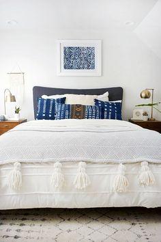modern bohemian bedroom - indigo pillows #modernfurnitureinspiration