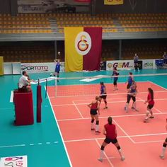 Volleyball Set, Volleyball Skills, Red Team, Basketball Court, In This Moment, Motivation, Plays, Sports, Target
