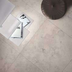 Paragone Jura Grigio. The beauty of limestone with the practical benefits of Italian porcelain.