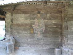 """Biserica din Timişeni capătă o valoare de excepţie prin pictura interioară şi exterioară, pictată în trei etape, constituie un valoros martor vizual al comunitaţii pe care a servit-o şi al epocii istorice în care a fost ridicată. La exterior pictura este realizată direct pe bârnele pereţilor, înfăţişând, conform canonului bizantin, """"Proorocii"""" pe peretele sudic, """"Judecata de apoi"""" în pridvor deasupra uşii, iar preoţii Barhoata şi Pupăzan, slujitori în acest lăcaş, pe pereţii absidei… Altar, Barn, Painting, Home Decor, Converted Barn, Decoration Home, Room Decor, Painting Art, Paintings"""