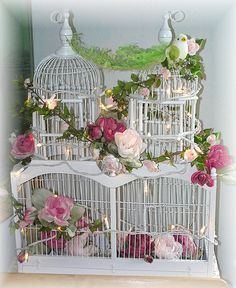 Inspiring image flowers, pink, rose, shabby chic, white - Resolution - Find the image to your taste Cottage Style Decor, Shabby Chic Cottage, Shabby Chic Homes, Romantic Shabby Chic, Shabby Chic Style, Shabby Chic Decor, Bird Cages, Farmhouse Chic, Bird Feathers