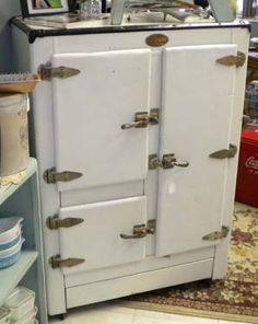 81 Best Vintage Refrigerator Images Vintage Refrigerator Retro