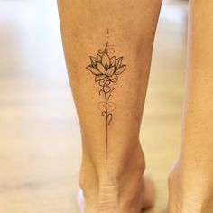 Tätowieren - Tattoo ideen - Tattoo Designs For Women Rose Tattoos For Women, Tattoos For Women Small, Delicate Tattoos For Women, Ankle Tattoos For Women Mandala, Small Mandala Tattoo, Small Lotus Flower Tattoo, Chest Tattoos For Women, Beautiful Tattoos For Women, Tattoo Designs For Women