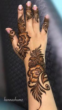 Henna Hand Designs, Mehndi Designs Finger, Pretty Henna Designs, Modern Henna Designs, Floral Henna Designs, Beginner Henna Designs, Mehndi Designs Book, Latest Bridal Mehndi Designs, Wedding Mehndi Designs