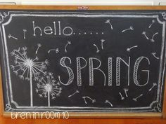 11 Spring Chalkboard Art Ideas - Design DIY Ideas - Chalk Art İdeas in 2019 Chalkboard Doodles, Chalkboard Writing, Kitchen Chalkboard, Chalkboard Decor, Chalkboard Drawings, Chalkboard Lettering, Chalkboard Designs, Hand Lettering, Chalkboard Quotes