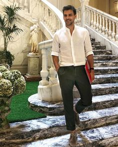 Couldn't be happier at my Milan home during Style Icons, Men's Style, Male Style, High Fashion, Mens Fashion, Smart Casual, Pretty Boys, Menswear, Photo And Video
