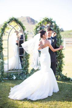 Beautiful wedding ceremony: http://www.stylemepretty.com/2014/09/26/understated-elegance-at-malibus-saddlerock-ranch/ | Photography: Nancy Neil - http://lovenancyneil.com/