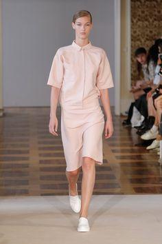 Pin for Later: Entdeckt alle Trends der Berlin Fashion Week in nur 5 Minuten Tag 2: Hien Le