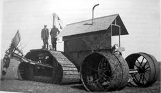 The strangest, most unique tractors in the world. We bet you've never seen these bizarre tractor before. See all 31 of these cool tractors. Antique Tractors, Vintage Tractors, Old Tractors, Vintage Farm, Old Farm Equipment, Heavy Equipment, Gto Car, Camaro Car, Wheel Fire Pit