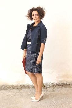 cintura vintage, scarpe tacchi bianche, short curls, curly hair, natural curls, curvy LBD
