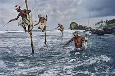 16 Breathtaking PHOTOS of the FAR EAST – Steve McCurry Quotes and Photos