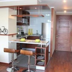 Small Kitchen Makeover mini cocinas modernas - Browse photos of Small kitchen designs. Discover inspiration for your Small kitchen remodel or upgrade with ideas for organization, layout and decor. Small Kitchen Makeovers, Kitchen Decor Themes, Home Decor, Kitchen Ideas, Decorating Kitchen, Diy Decorating, Design Seeds, Little Kitchen, Kitchen Yellow