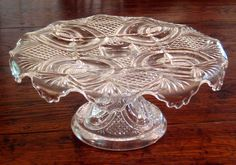 Early American Pattern Glass Cake Stand Cake Dome, Vintage Cake Stands, Cake Carrier, Pedestal Cake Stand, Glass Cakes, Antique Glassware, Plate Stands, Gorgeous Cakes, Cake Plates