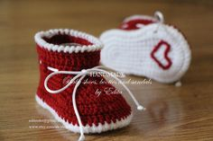 Crochet baby booties, baby shoes, boots, red, white, ribbon, cord, Christmas, Santa, heart, READY TO SHIP, photo prop, size 0-3 months, gift