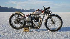 1952 TriumphThunderbird - Pipeburn - Purveyors of Classic Motorcycles, Cafe Racers & Custom motorbikes
