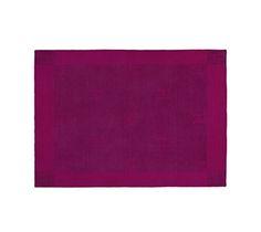 "Hermès Hermes signature H jacquard blanket in handspun and handwoven cashmere Measures 63"" x 79"" Color : raspberry"