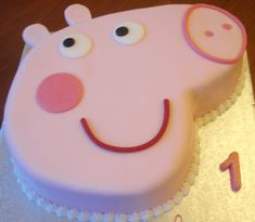 Peppa Pig cake - for Millie! she loves Peppa Pig! Tortas Peppa Pig, Bolo Da Peppa Pig, Peppa Pig Birthday Cake, First Birthday Cakes, 3rd Birthday, Birthday Ideas, Fete Laurent, Torta Angel, Pig Party