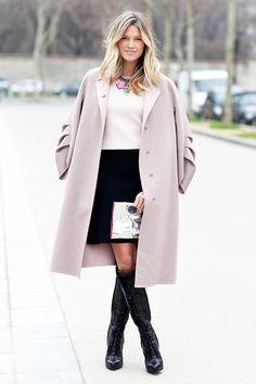 Looks para llevar a la oficina  Street style de París  FOTOGRAFÍA: COOL HUNT