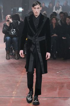 Alexander McQueen Fall 2015 Menswear - Collection - Gallery - Style.com