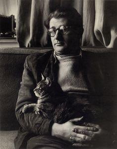 Helmut Newton mit Katze bei Glaserei