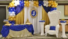 Bue and gold royal prince baby shower party! See more party planning ideas at… Baby Shower Azul, Royal Baby Shower Theme, Royalty Baby Shower, Baby Shower Chair, Baby Shower Princess, Baby Shower Cakes, Baby Shower Themes, Baby Boy Shower, Shower Ideas