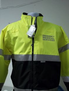 Printed Front Left Chest and Silver Reflective. Made from windproof & waterproof oxford Polyester with a 2000 mm coating and taped seams. Tactical Medic, Tactical Pants, Ems Jackets, Paramedic Uniform, Paramedic Quotes, Emergency Medical Services, Rain Jacket, Winter Jackets, Nursing Career