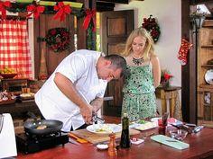 Chef Jefferson Rueda prepara cherne com mandioquinha para Angélica (Foto: Estrelas/TV Globo)