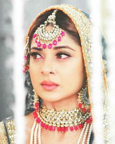 Pakistani Bridal Dresses, Jennifer Winget, Beauty Queens, Indian Beauty, Bridal Jewelry, Beautiful People, Girly, Glamour, Maya