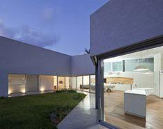 Magnífica casa de campo - destaque para eficiência de utilização de luz solar!!!