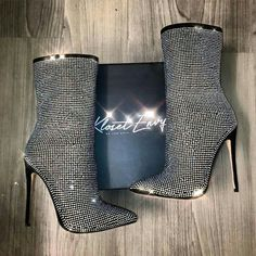 Boots are really fashionable and there is large option from flat-heels to stilettos, wedges, and platforms, boots are whatever in between. High Heel Boots, Heeled Boots, Bootie Boots, Shoe Boots, Ankle Boots, Dream Shoes, Crazy Shoes, Me Too Shoes, Hot Shoes