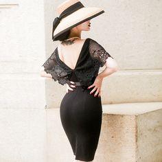 Classic Lace Backless Black Dress Elegant Simple High Rise Hepburn Dress Deep V Backless