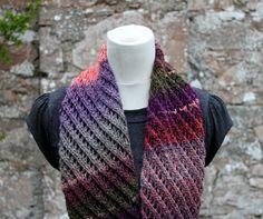 Composed of a beautiful diagonal lace pattern. Designed to keep you warm and toasted on those chilly days!Easy to knit - fun to wear!Materials: 100g (196 yd) of standard bulky weight yarn at tension 14sts, 19 rows to 10cm (4inch) using 6mm needles. 6mm (US10) knitting needles or size needed to obtain gauge Tapestry needleSkill level: IntermediateGauge: 14 stitches, 19 rows to 10cm (4'') on 6mm needles one sizeQuick knitting project for rainy weekend and also excellent way to make pr...
