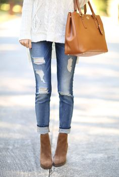 Fall Fashion // Cable Knit Sweater & Destroyed Denim