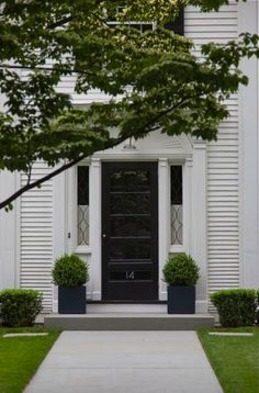 Front Door Fashion: 9 Ways to Create Curb Appeal with Boxwood