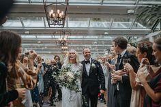 brudpars gratulationer Bohemisktbröllop bröllop på ven bohowedding dronephotography  brudpars gratulationer