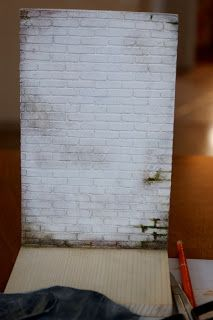how to create a realistic brickwall and floor with cardboard/egg-carton