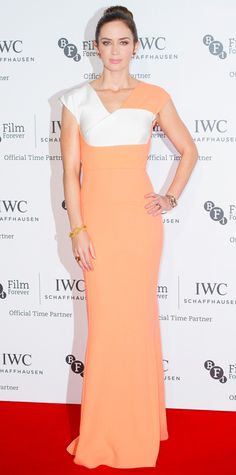 Look of the Day - October 8, 2014 - Emily Blunt in Roland Mouret from #InStyle