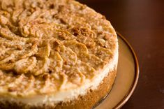This is a delicious Apple Cheesecake that I usually make in the fall.Preheat oven to 350 degrees F degrees C). In a large bowl, stir together the graham cracker crumbs, cup finely chopped … Apple Desserts, Fall Desserts, Delicious Desserts, Dessert Recipes, Dessert Ideas, Awesome Desserts, Apple Cakes, Thanksgiving Desserts, Thanksgiving Ideas