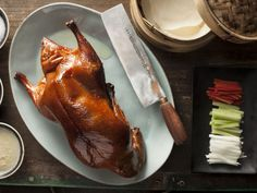 Peking duck, now regarded the world over as a national dish of China. Everybody who goes to a restaurant featuring authentic Chinese cuisine can be expected. Bar Restaurant Design, Seafood Restaurant, Chinese Restaurant, Cooking Chinese Food, Best Chinese Food, Cantonese Food, Architecture Restaurant, Design Café, Food Design