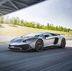 Lamborghini Aventador SV Lamborghini Aventador, Ferrari, Motorcycle Wheels, Top Cars, Amazing Cars, Car Car, Sport Cars, Luxury Cars, Dream Cars