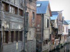 Pont-Audemer - Façades de maisons au bord de l'eau