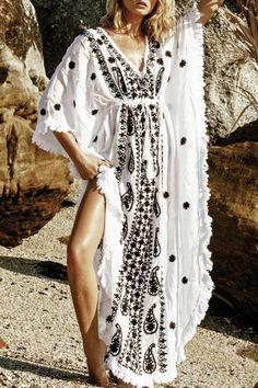 Jackie Long Caftan by Melissa Odabash.  Shop it here: http://www.precouture.com/en/3-fashion-designers-clothing-eshop#/manufacturer-melissa_odabash