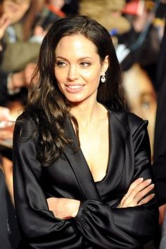 """Angelina Jolie - """"The Curious Case of Benjamin Button"""" Japan Premiere (January 29, 2009) >> GORGEOUS! <3"""