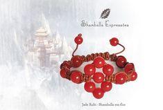 Pulseira Shamballa em Flor Jade Rubi confeccionada em macramê e pedras naturais, energizadas com energia Reiki  17 pedras de 8mm Compras pelo site http://www.elo7.com.br/42FDAA #jewelry #biojoias #yoga #yogis #om #zen #espiritual #stone #hippie #bracelets #hippiechic #acessorios #shiva #handmade #pedrasnaturais #pulseirismo #shamballa #boho #bohochic #shamballaexpressoes #meditation #amor #paz #yogalifestyle #energy