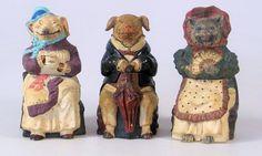 Номер лота: 111, 22 июня 2010 ПРОДАНО ЗА: £ 420  Три 19-го века австрийский керамика банки табака и обложки Иоганна Мареш - Женский свинья с чашкой чая, 7ins высокий (впечатлены 3317) - Мужчина свинья с зонтиком, 6.5ins высокий (впечатлены 3308 - см. Горовиц, Page 147, инжир 655 и 656) - Полосатый кот с вентилятором, 7ins высокие (впечатлены 3589 - см. Горовиц, Page 143 Рис 631)