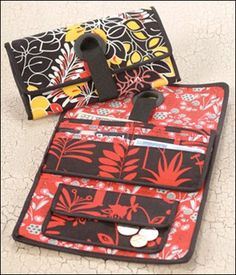 Grommet Wallet - IJ880 sewing pattern from Indygo Junction