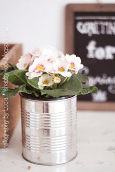 Shabby Look: Recycled Tin Can